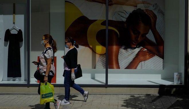 Πέντε νέα επιβεβαιωμένα κρούσματα στην Κύπρο