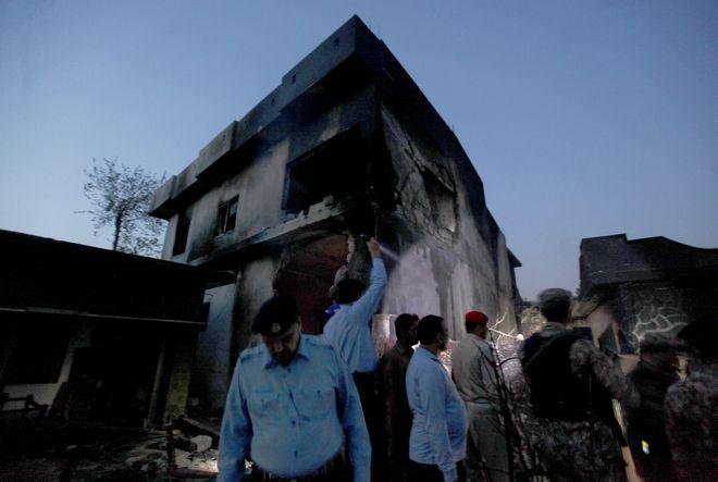 Συντριβή στρατιωτικού αεροσκάφους με νεκρούς στο Πακιστάν