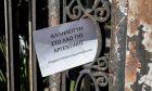 """Επίθεση από μέλη της ομάδας """"Ρουβίκωνας"""" στην Πρεσβεία της Αργεντινής"""