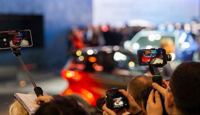 Τα αυτοκίνητα μικρομεσαίας κατηγορίας που γοητεύουν κι αντέχουν την πίεση