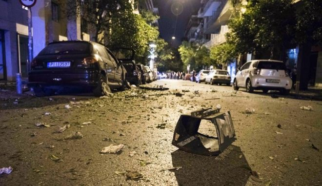 A bomb went off at Ippokratous street, at Exarcheia neighborhood, in central Athens, on Oct. 12, 2016 /    ,   ,  12 , 2016