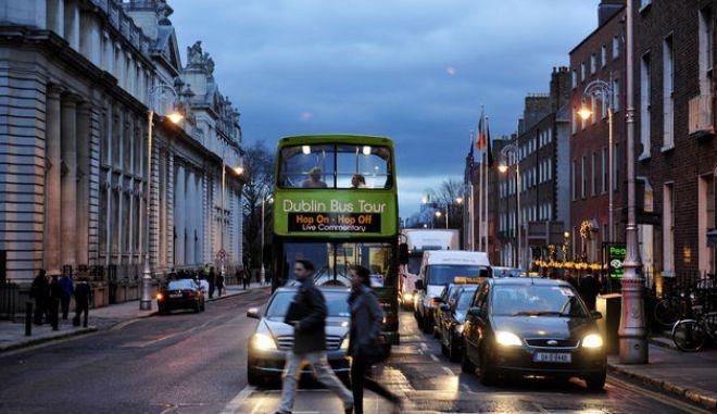 Κάντο όπως η Ιρλανδία: Μετά το μνημόνιο βγαίνει στις αγορές αναζητώντας 3 δισ. ευρώ