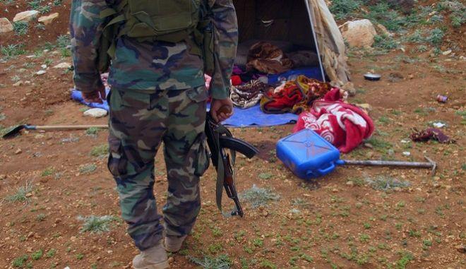 Σοβαρός τραυματισμός του ηγέτη της αλ Νούσρα ύστερα από ρωσική αεροπορική επιδρομή