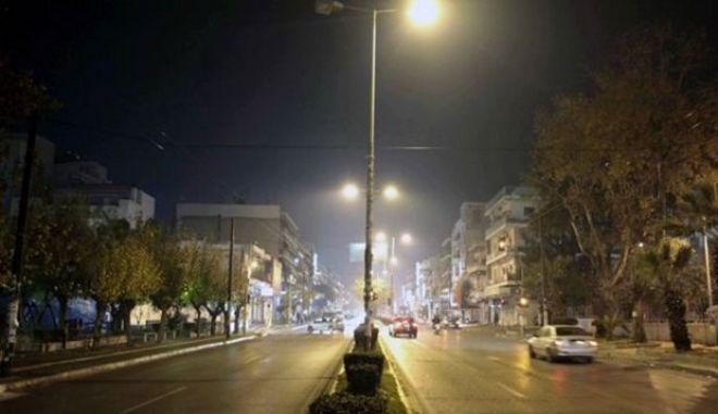 Δωρεάν ρεύμα, κλείσιμο βιομηχανιών και απαγόρευση τζακιών για να αντιμετωπιστεί η αιθαλομίχλη