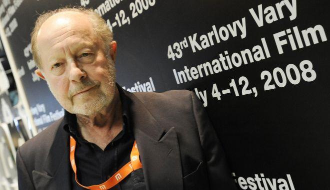 Πέθανε ο Νίκολας Ρεγκ: Ο σκηνοθέτης που έπεσε στη Γη
