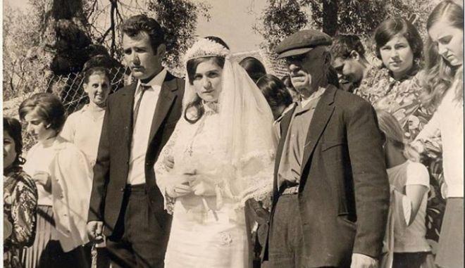 Μηχανή του Χρόνου: Το αναχρονιστικό έθιμο της προίκας στην Ελλάδα