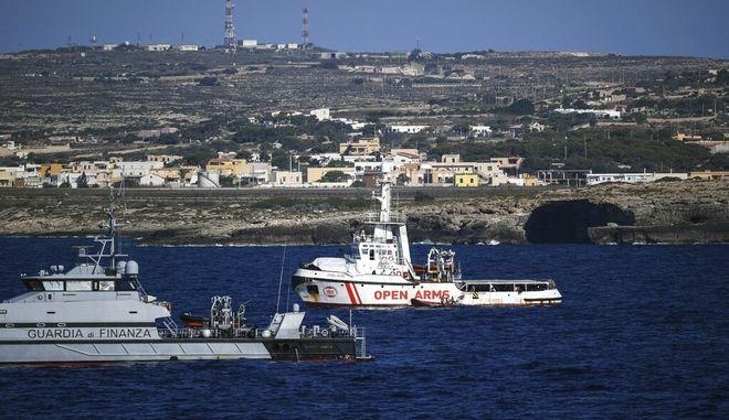 Ιταλία: Νέο ναυάγιο με μετανάστες ανοιχτά της Λαμπεντούζα