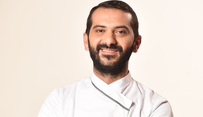 Master Chef: Ποιος είναι ο σεφ που αντικαθιστά τον Σκαρμούτσο