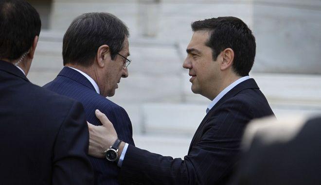 Συνάντηση του πρωθυπουργού ΑΛέξη Τσίπρα με τον Πρόεδρο της Κυπριακής Δημοκρατίας Νίκο Αναστασιάδη την Τετάρτη 25 Μαΐου 2016, στο Μέγαρο Μαξίμου. (EUROKINISSI/ΓΙΩΡΓΟΣ ΚΟΝΤΑΡΙΝΗΣ)