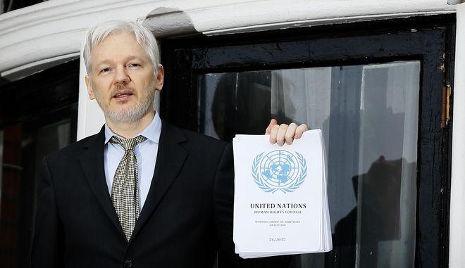 Ο ιδρυτής των Wikileaks Τζούλιαν Ασάνζ