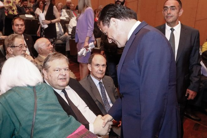 Ο Ευάγγελος Βενιζέλος και ο Άδωνις Γεωργιάδης στην παρουσίαση του βιβλίου του Γιάννη Βαρβιτσίωτη με τίτλο