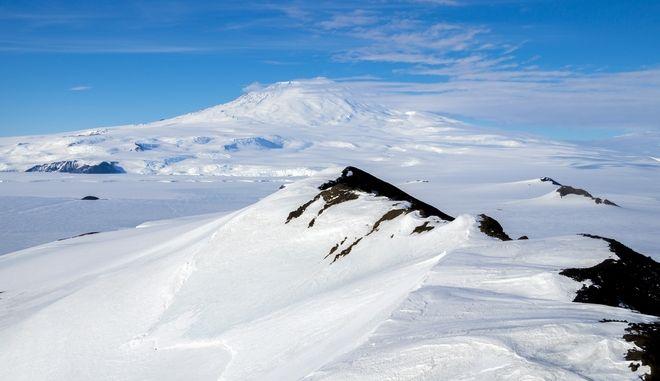 Παγκόσμιος συναγερμός: Ανακαλύφθηκαν 91 ηφαίστεια στην Ανταρκτική