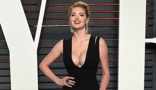 Kate Upton attends the Vanity Fair Fair Oscar Party at the Wallis Annenberg Center on Sunday, Feb. 28, 2016, in Beverly Hills, Calif. (Photo by Evan Agostini/Invision/AP)