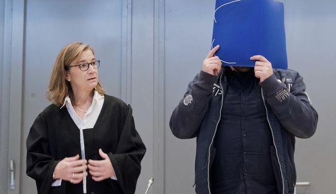 Η πολύκροτη δίκη του νοσηλευτή serial killer στη Γερμανία
