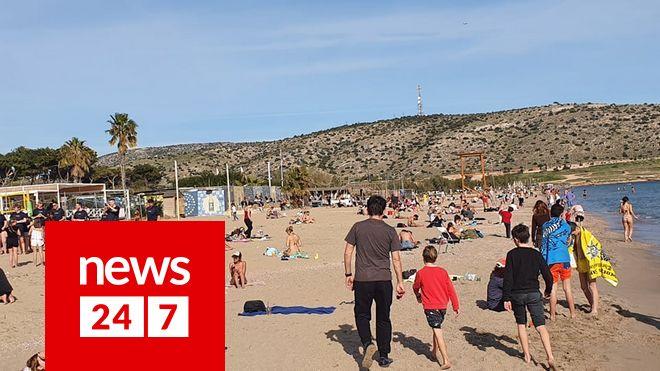 Κορονοϊός: Απίστευτη συμπεριφορά, έκλεισαν τα καφέ και οι Αθηναίοι πήγαν παραλία