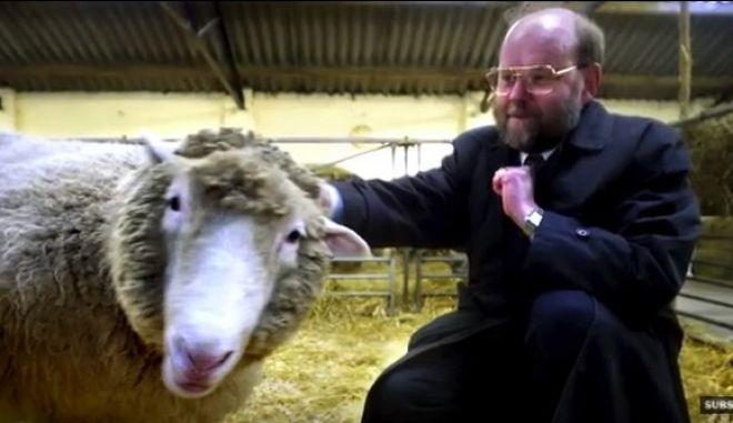Dolly the Sheep | Professor Sir Ian Wilmut