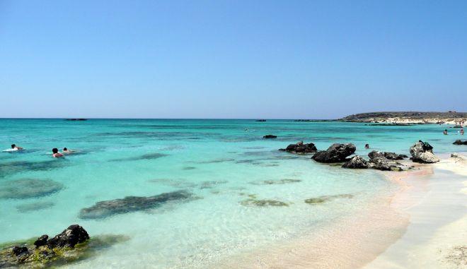 Κρήτη: Στα δικαστήρια δύο δήμοι για το Ελαφονήσι