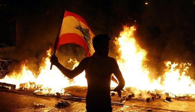 Εικόνα από τις αντικυβερνητικές διαδηλώσεις στον Λίβανο
