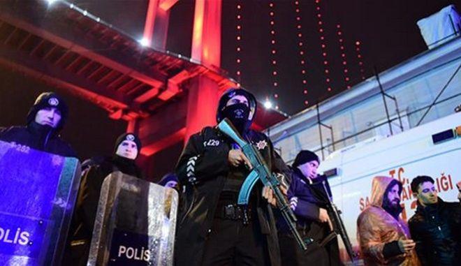 Μακελειό στην Κωνσταντινούπολη: Αναζητούνται δράστης και κίνητρα
