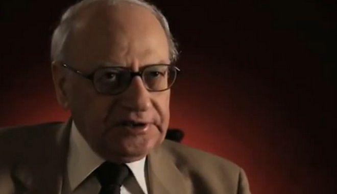 Πέθανε ο κορυφαίος ιστορικός και διανοούμενος Σπύρος Ασδραχάς