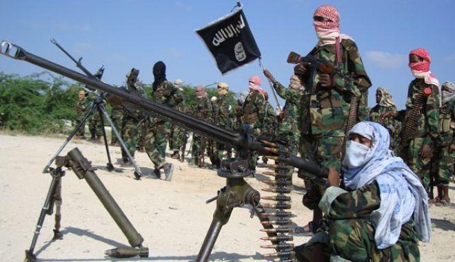 Δεκάδες αντάρτες σεμπάμπ νεκροί σε αεροπορική επιδρομή στη Σομαλία