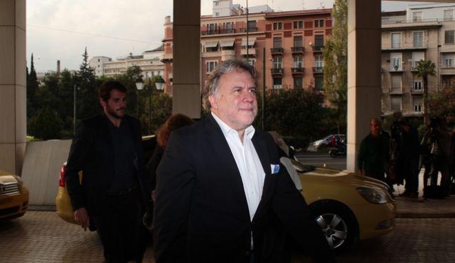 Ο υπουργός Εργασίας Γιώργος Κατρούγκαλος κατα την είσοδο του στο ξενοδοχείο για την συνάντηση με τους εκπροσώπους των δανειστών στο πλαίσιο της δεύτερης αξιολόγησης, την Κυριακή 23 Οκτωβρίου 2016. (EUROKINISSI/ΣΤΕΛΙΟΣ ΣΤΕΦΑΝΟΥ)