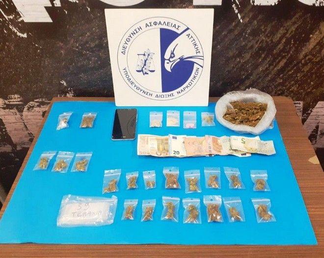 Νέα έφοδος και συλλήψεις για διακίνηση ναρκωτικών στην Πλατεία Εξαρχείων