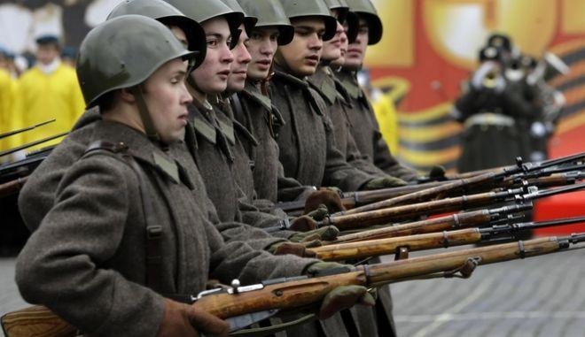 Ρώσοι στρατιώτες (φωτογραφία αρχείου)
