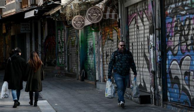 Έκτακτα μέτρα για τον κορονοϊό και κλειστά καταστήματα
