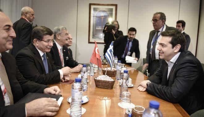 Ορους στην Τουρκία βάζει ο Τσίπρας