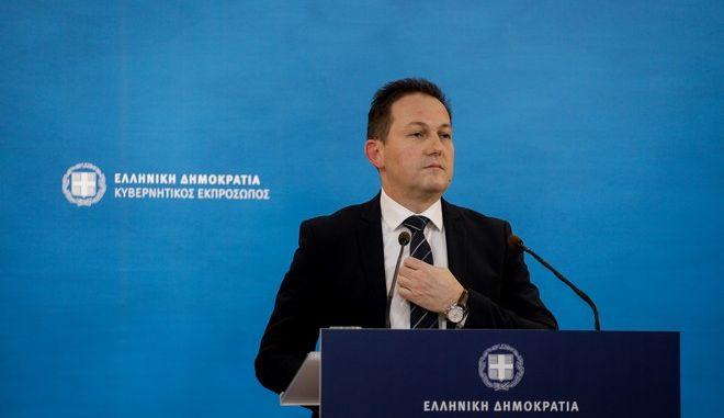 Ο κυβερνητικός εκπρόσωπος, Στέλιος Πέτσας