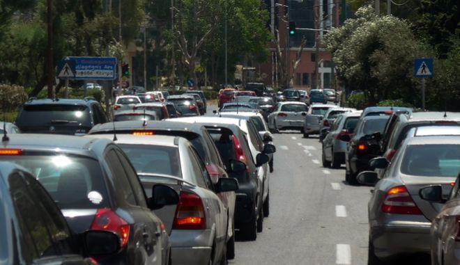 Κίνηση στους δρόμους (φωτογραφία αρχείου)