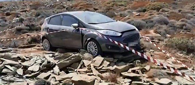 Εικόνα από το σημείο όπου βρέθηκε το αυτοκίνητο της 26χρονης που βρέθηκε νεκρή και του φίλου της