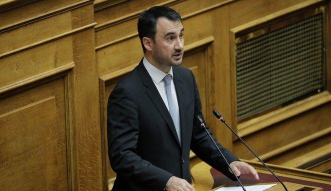 """Πέμπτη (5η) ημέρα της συζήτησης στην Ολομέλεια της Βουλής, του σχεδίου νόμου του Υπουργείου Οικονομικών """"Κύρωση του Κρατικού Προϋπολογισμού οικονομικού έτους 2020"""", την Τετάρτη 18 Δεκεμβρίου 2019. (EUROKINISSI/ΓΙΑΝΝΗΣ ΠΑΝΑΓΟΠΟΥΛΟΣ)"""