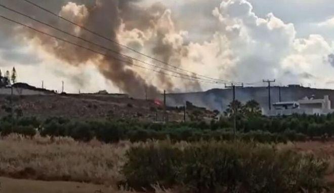 Κρήτη: Φωτιά απείλησε σπίτια στη Χερσόνησο