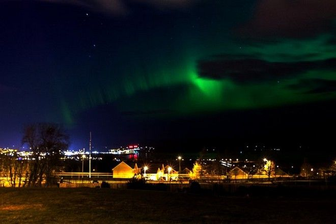 The Aurora Borealis (Northern Lights) makes an appearance over Inverness and the Kessock Bridge. Image by: Malcolm McCurrach Sun, 6, March, 2016 |  © Malcolm McCurrach 2016 |  New Wave Images UK | Insertion and use fees apply |  All rights Reserved. picturedesk@nwimages.co.uk | www.nwimages.co.uk | 07743 719366  Event Photographer | Corporate Photographer | Editorial Photographer | Music Photographer