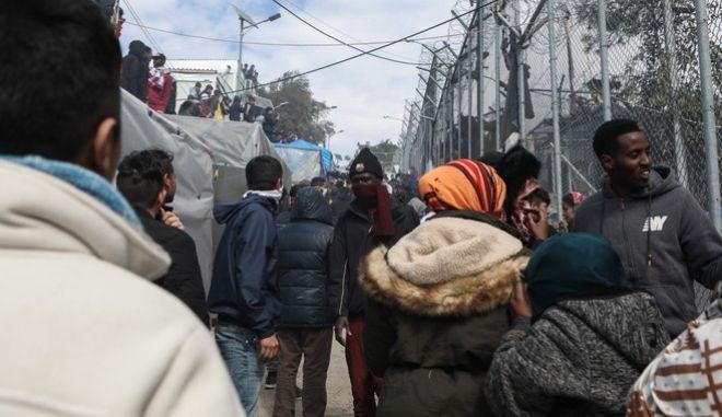 Πρόσφυγες και Μετανάστες στο ΚΥΤ Μόριας