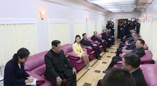 Μόνο αυτός: Ο Κιμ Γιονγκ Ουν έφτασε στο Βιετνάμ με τεθωρακισμένο τρένο