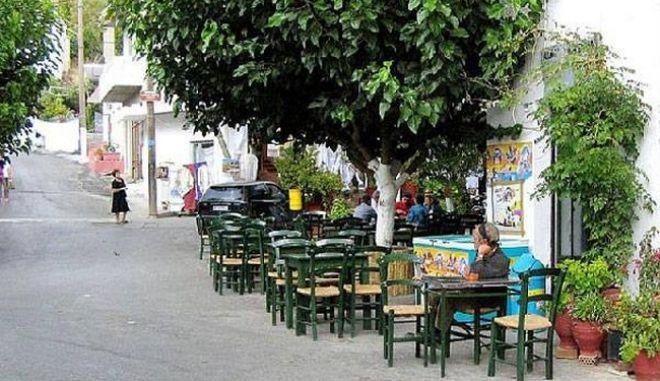 Σκοτεινό, το αντικαπνιστικό χωριό της Κρήτης