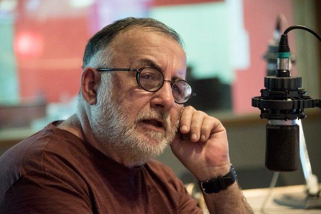 Θάνος Μικρούτσικος στο News 24/7: Αισθάνομαι σαν πυγμάχος. Θέλω να νικάω τον χρόνο σε κάθε γύρο