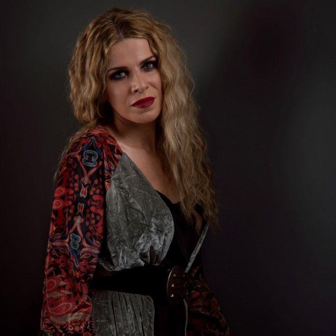 Η Βιολέτα Ίκαρη