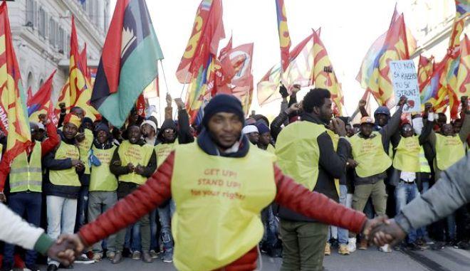 Από αντιρατσιστική διαδήλωση στην Ισπανία