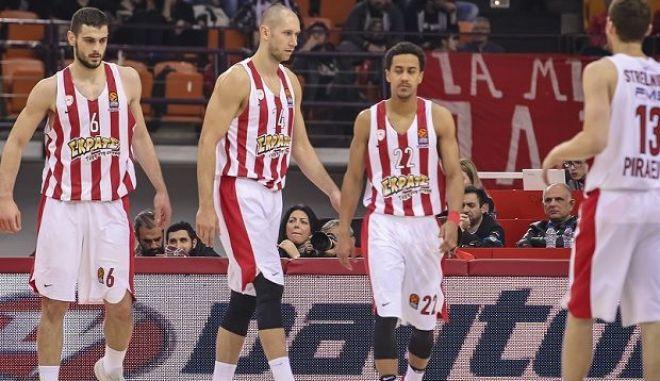 Η ομάδα μπάσκετ του Ολυμπιακού