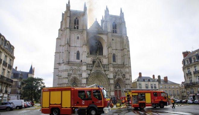 Η πυρκαγιά στον καθεδρικό ναό της Νάντης