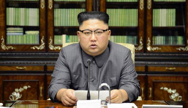 Σύνοδος Κορυφής: Η ΕΕ απαιτεί από τη Βόρεια Κορέα να εγκαταλείψει τα εξοπλιστικά της προγράμματα