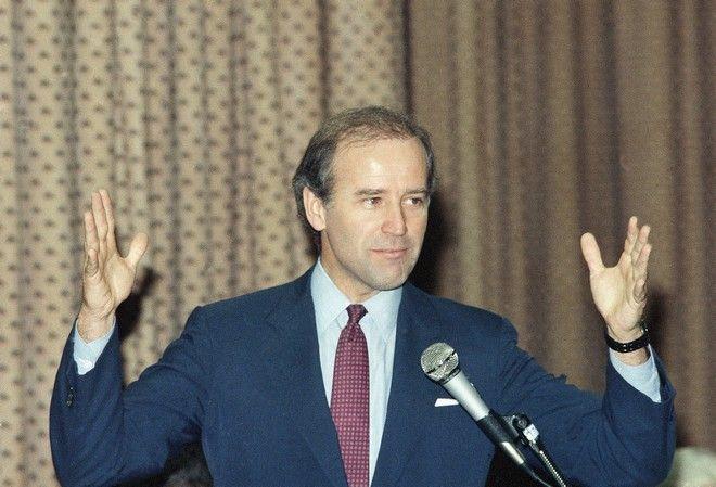 Ο Τζο Μπάιντεν τον Φεβρουάριο του 1987 γερουσιαστής