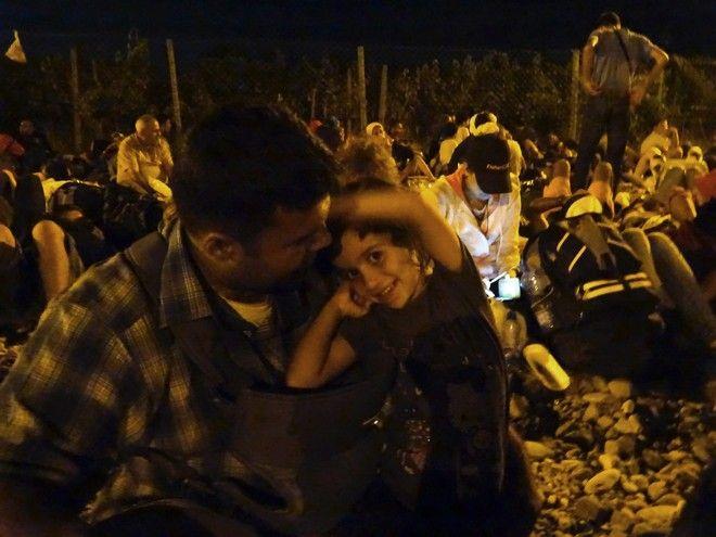 'Μπαμπά, θα πεθάνω από τις βόμβες;' Το προσφυγικό δράμα στις ερωτήσεις ενός τρομαγμένου παιδιού από τη Συρία