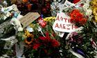 Στιγμιότυπο από το σημείο που δολοφονήθηκε ο 15χρονος Αλέξης Γρηγορόπουλος από ειδικό φρουρό