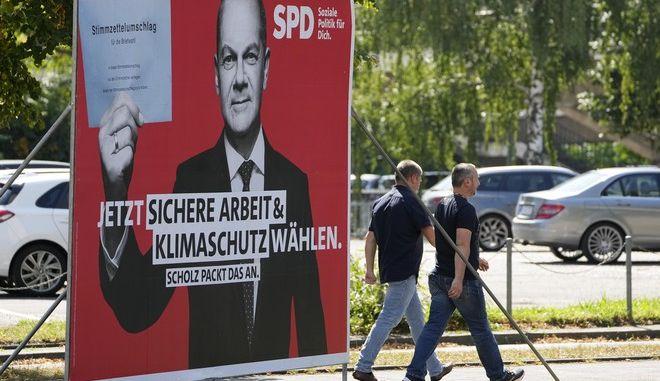 Προεκλογική καμπάνια του SPD με τον υποψήφιο καγκελάριο Όλαφ Σολτς