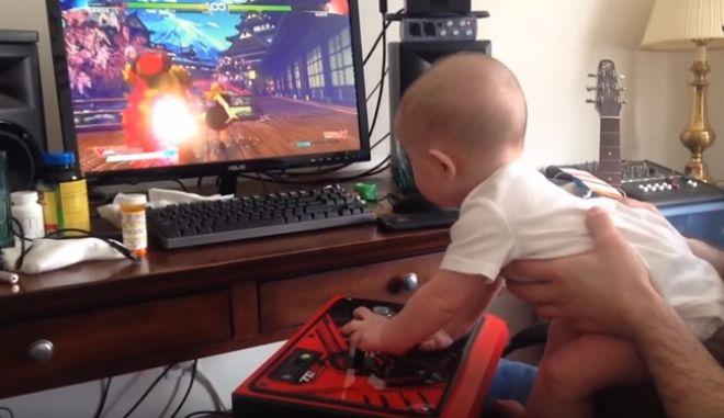 Βρέφος τερματίζει το Street Fighter V